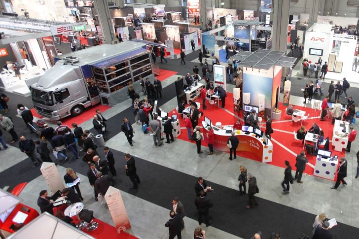 10 Ways to Make a Splash at Your Next Trade Show