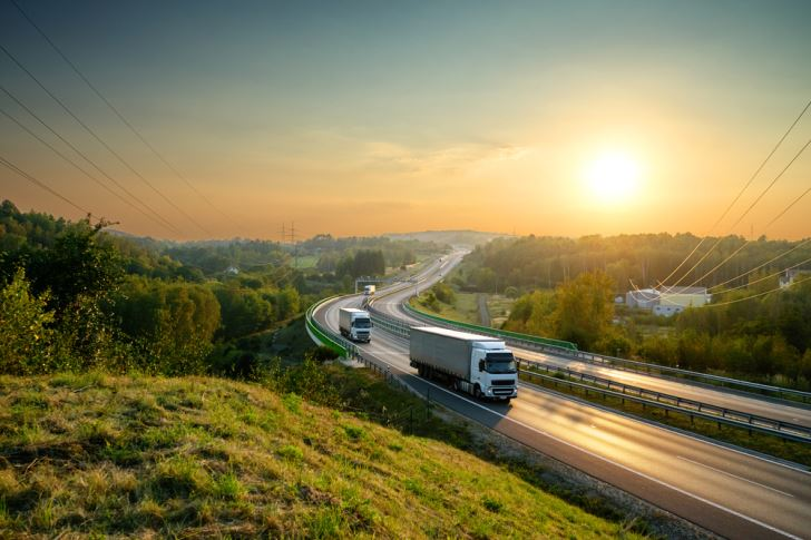 Why Trucking Companies Rely On Transportation Factoring