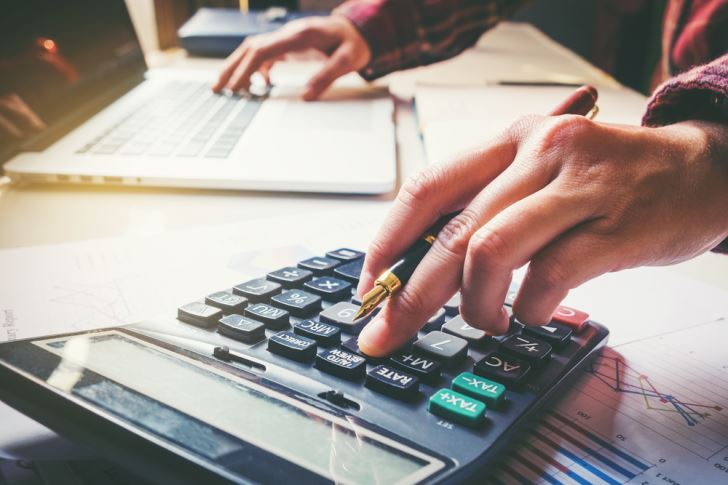 How To Properly Manage Finances In Small Business