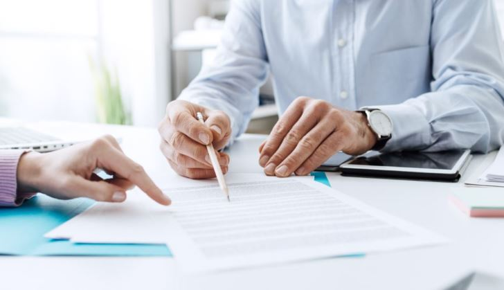 How to Become a Federal Contractor